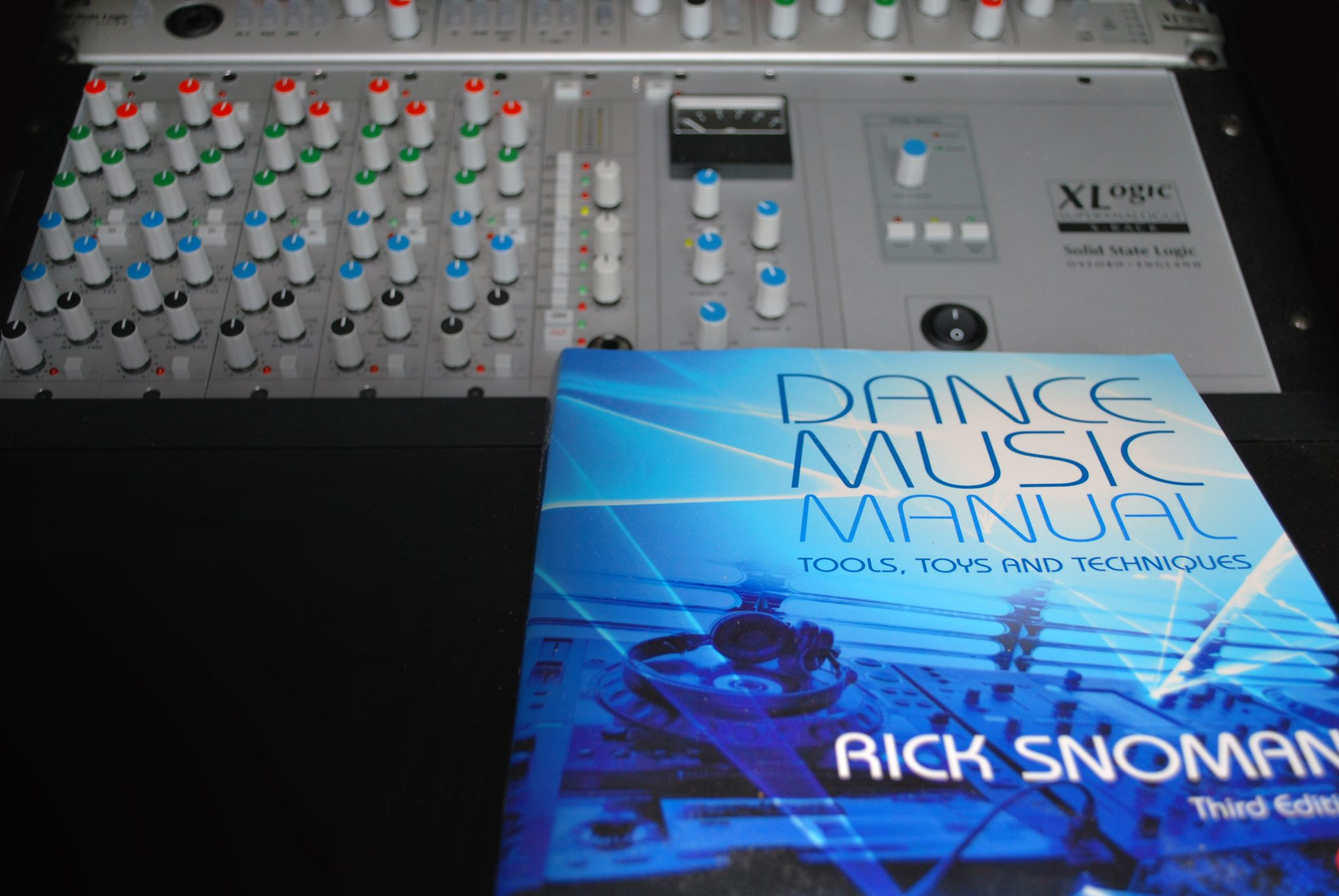 rick snoman dance music manual volume 2